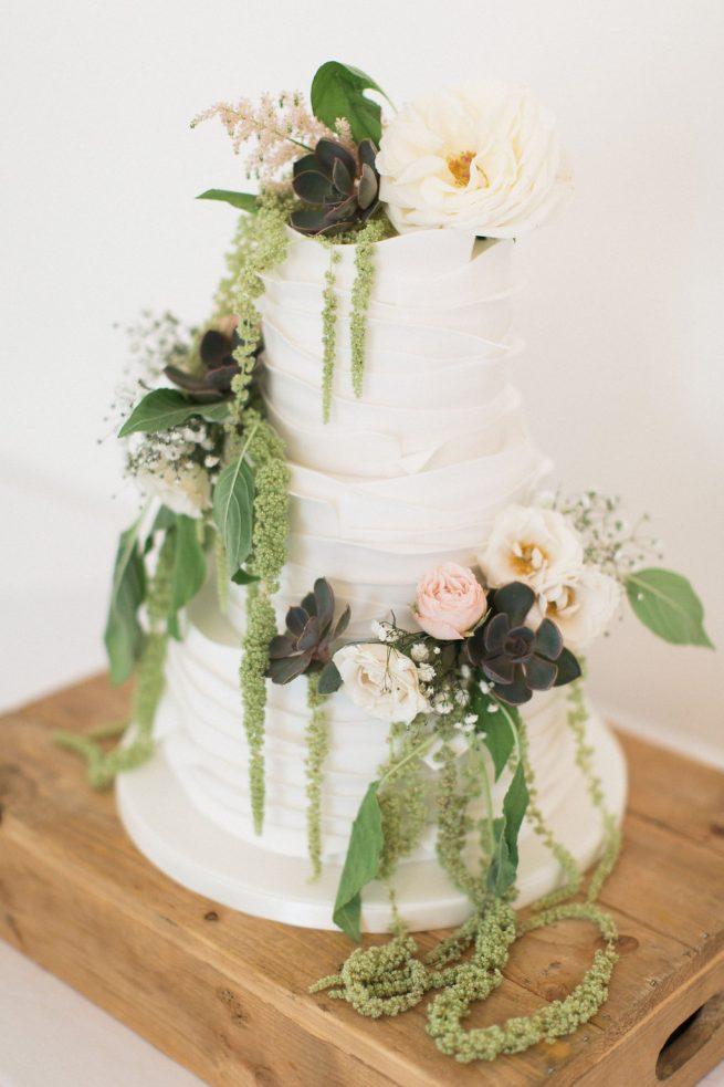 Wedding Cake Decorations Newcastle Upon Tyne