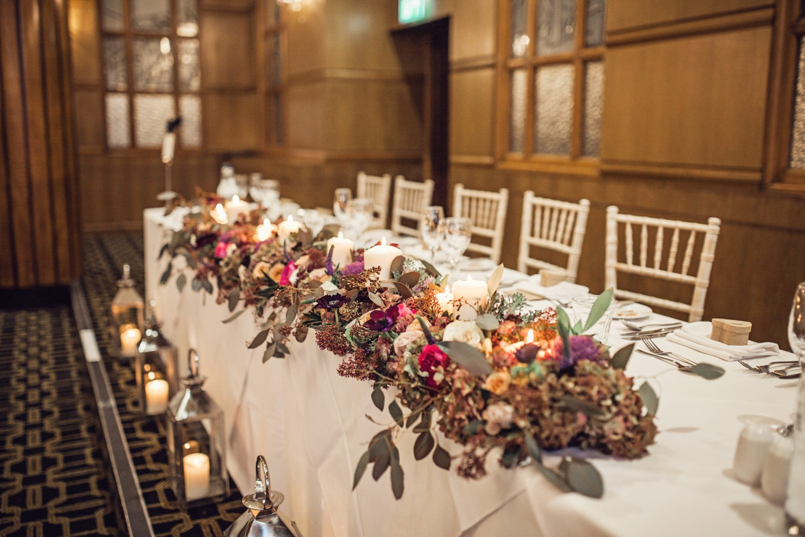 wedding table flowers wedding flowers tablescape top table flowers 13 belsflowers 1191
